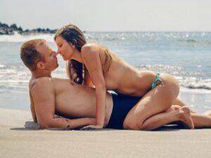 beach sex couple kissing